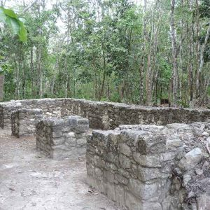 coba-ruins-enclosure