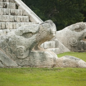 chichen-itza-tour-mexico