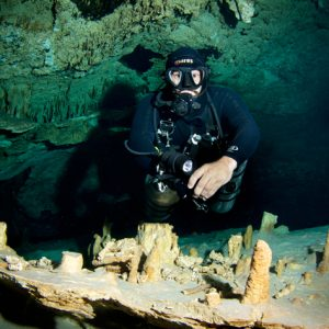 playa-del-carmen-cenote-dives