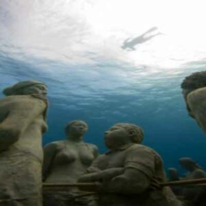cancun-underwater-museum-tour