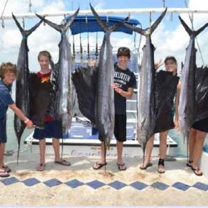 cancun-deep-sea-fishing-catch