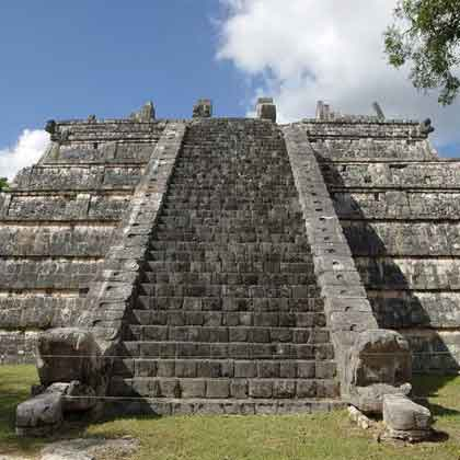 how to get to chichen itza from cancun