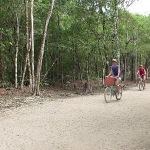 Coba-ruins-bicycle
